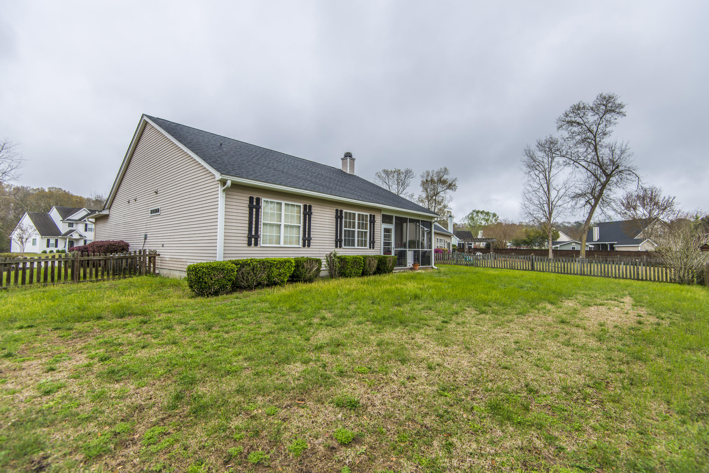 Photo of 109 Sumpter Hill Dr, Summerville, SC 29485