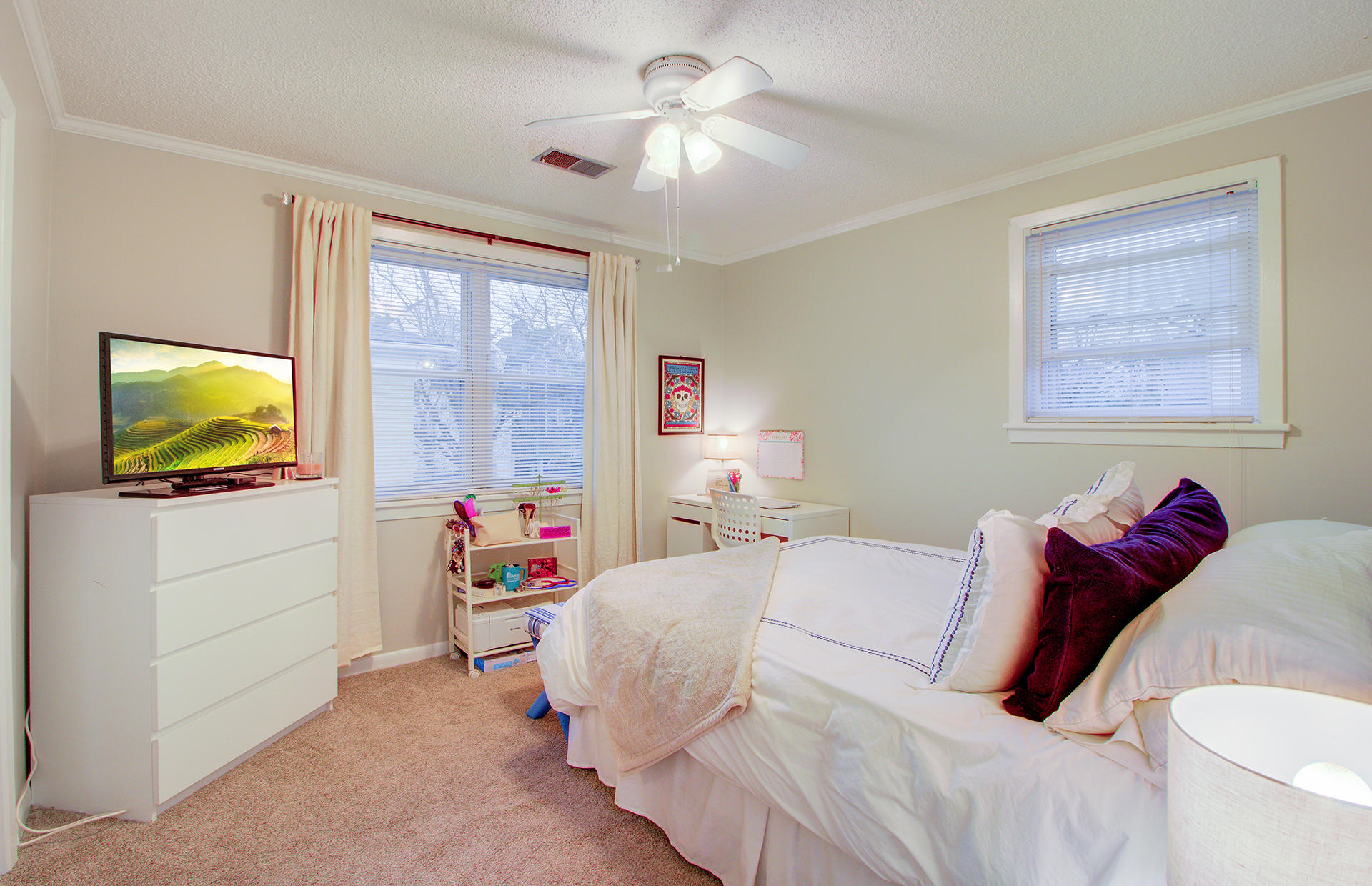 Ask Frank Real Estate Services - MLS Number: 19006512