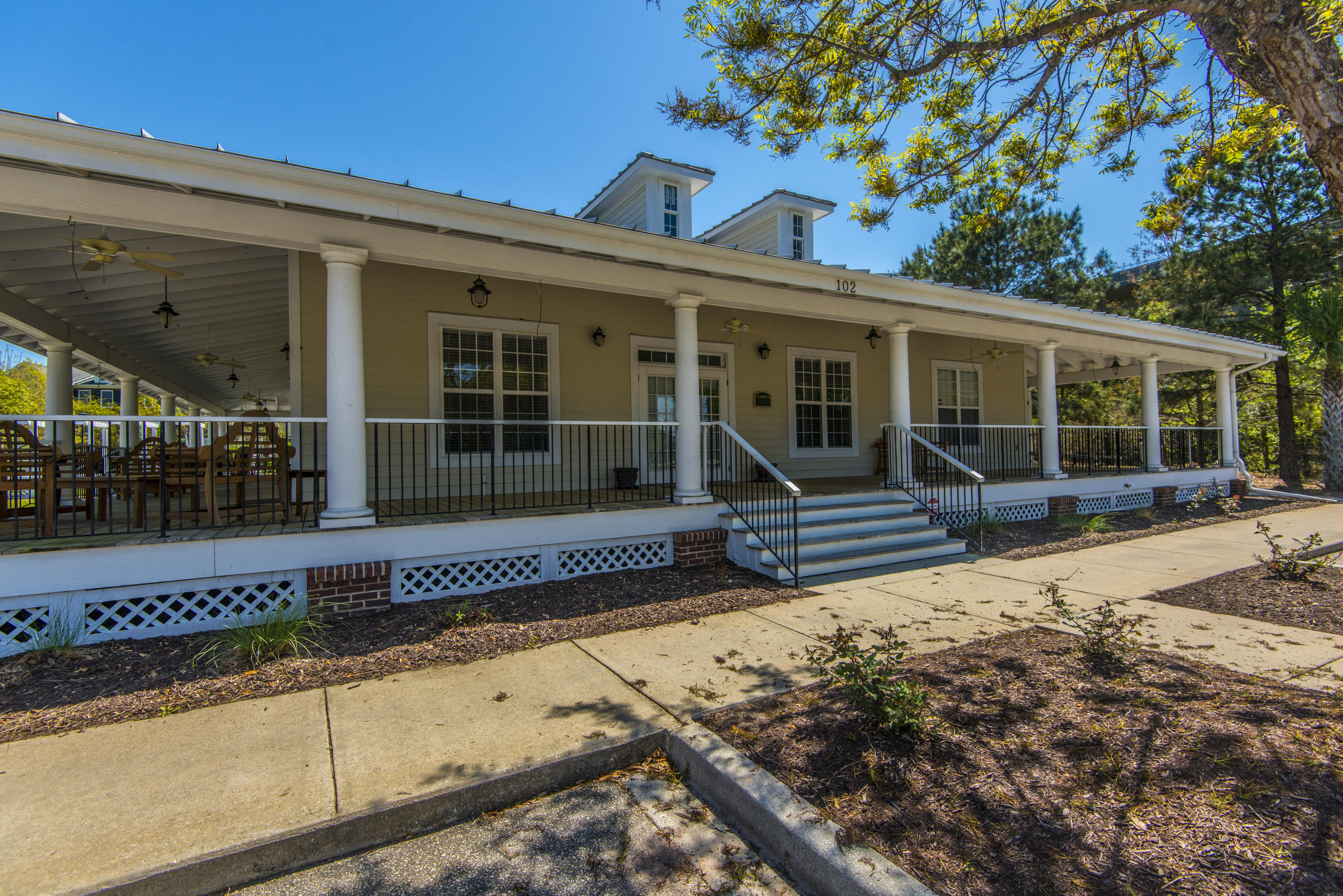 Etiwan Pointe Homes For Sale - 92 Salty Tide, Mount Pleasant, SC - 8