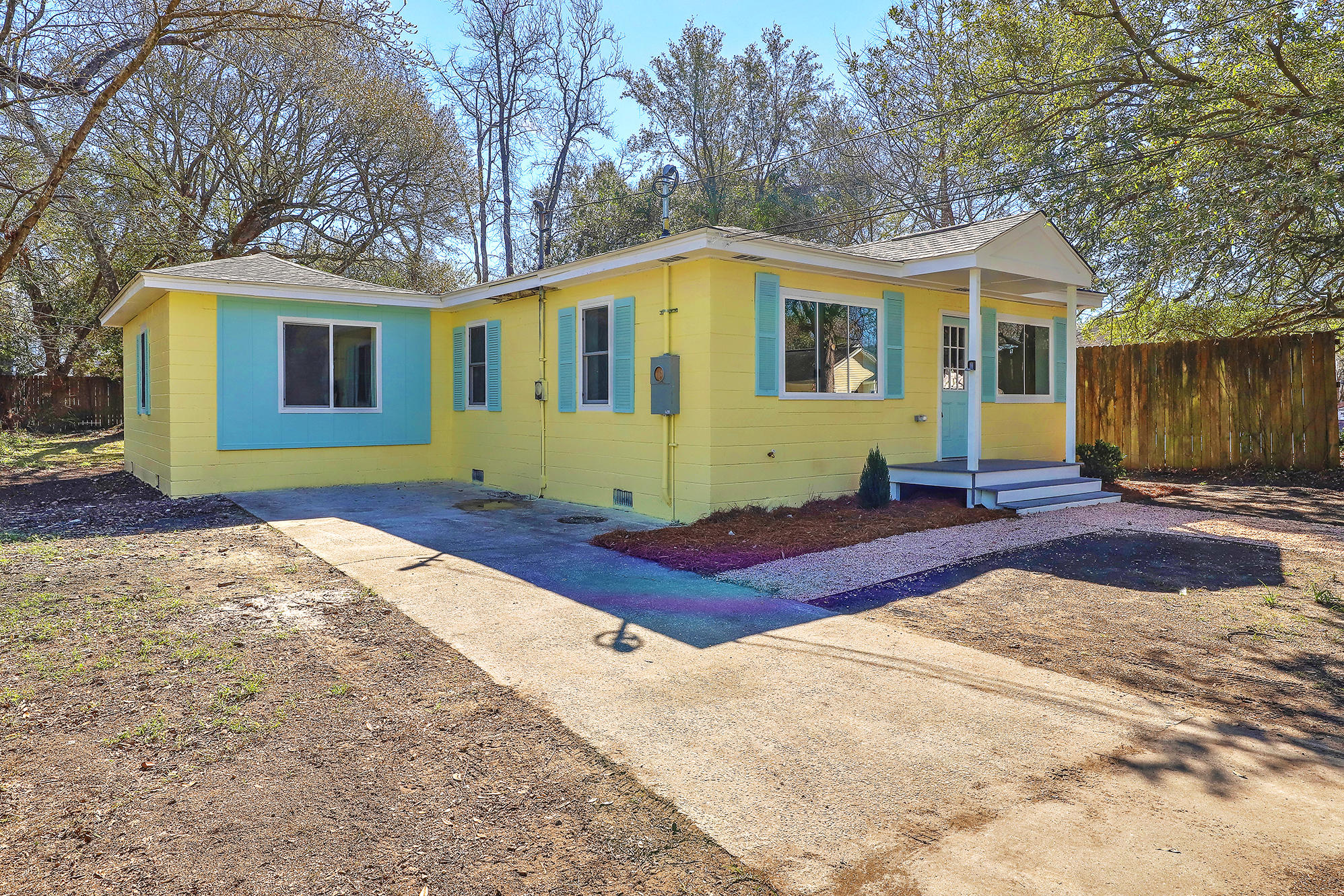 Liberty Hill Homes For Sale - 4876 Upjohn, North Charleston, SC - 2