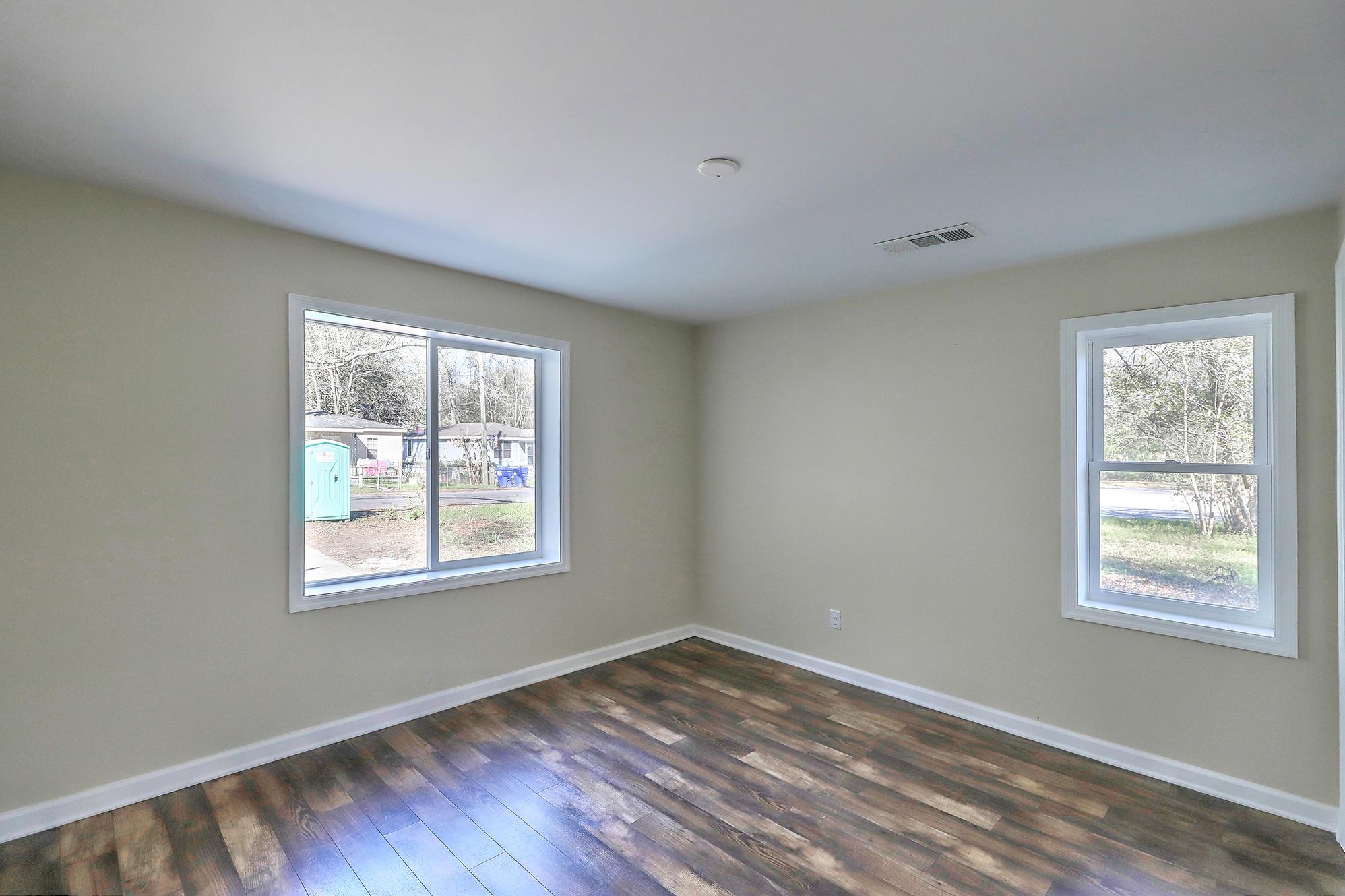 Liberty Hill Homes For Sale - 4876 Upjohn, North Charleston, SC - 14