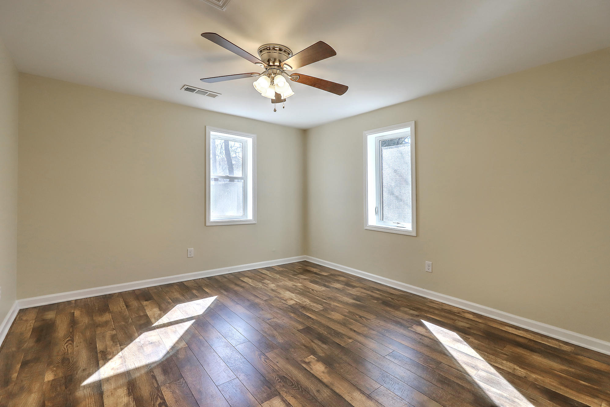 Liberty Hill Homes For Sale - 4876 Upjohn, North Charleston, SC - 19