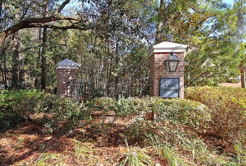 Cain Crossing Homes For Sale - 1061 Bennington, Charleston, SC - 29