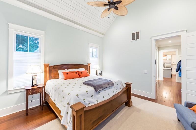 Old Mt Pleasant Homes For Sale - 441 Venning, Mount Pleasant, SC - 1