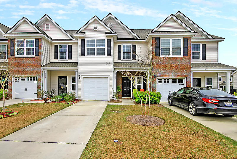 Cain Crossing Homes For Sale - 1061 Bennington, Charleston, SC - 1