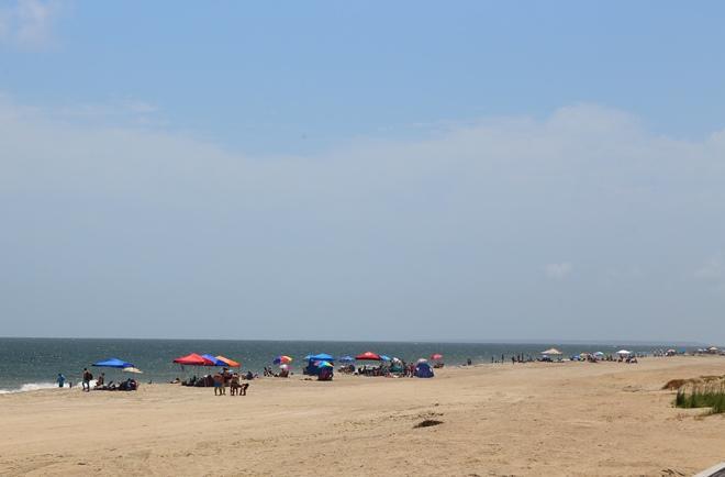 Beachfront Homes For Sale - 208 Palmetto, Edisto Beach, SC - 35