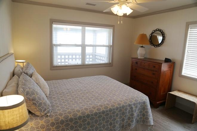 Beachfront Homes For Sale - 208 Palmetto, Edisto Beach, SC - 3