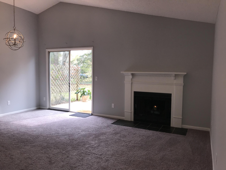 Willow Walk Homes For Sale - 1102 Oakcrest, Charleston, SC - 2