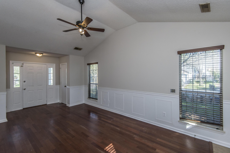 Crichton Parish Homes For Sale - 101 Hasting, Summerville, SC - 2
