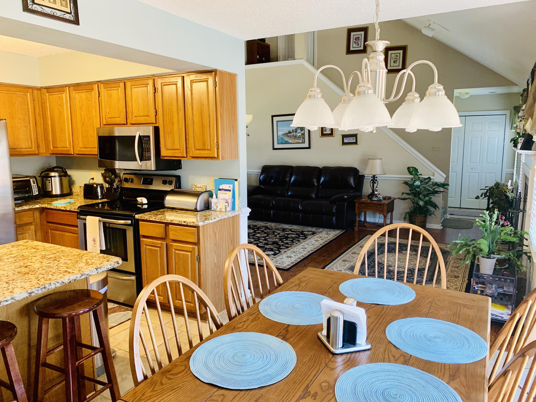 Lake Moultrie Shores Homes For Sale - 340 Lake Moultrie, Bonneau, SC - 2