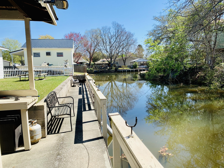 Lake Moultrie Shores Homes For Sale - 340 Lake Moultrie, Bonneau, SC - 5