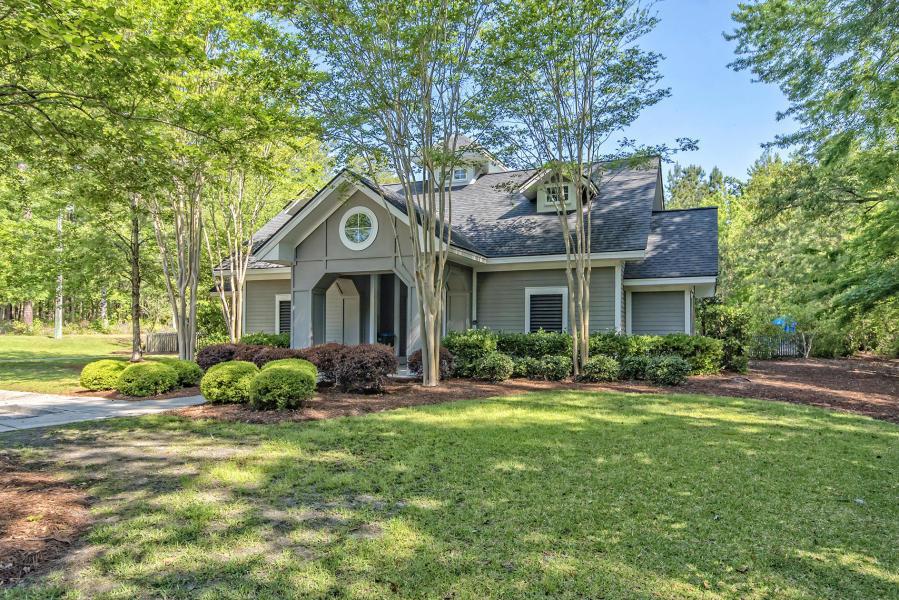 The Bluffs at Ashley River Homes For Sale - 110 Elliott Creek, Summerville, SC - 2