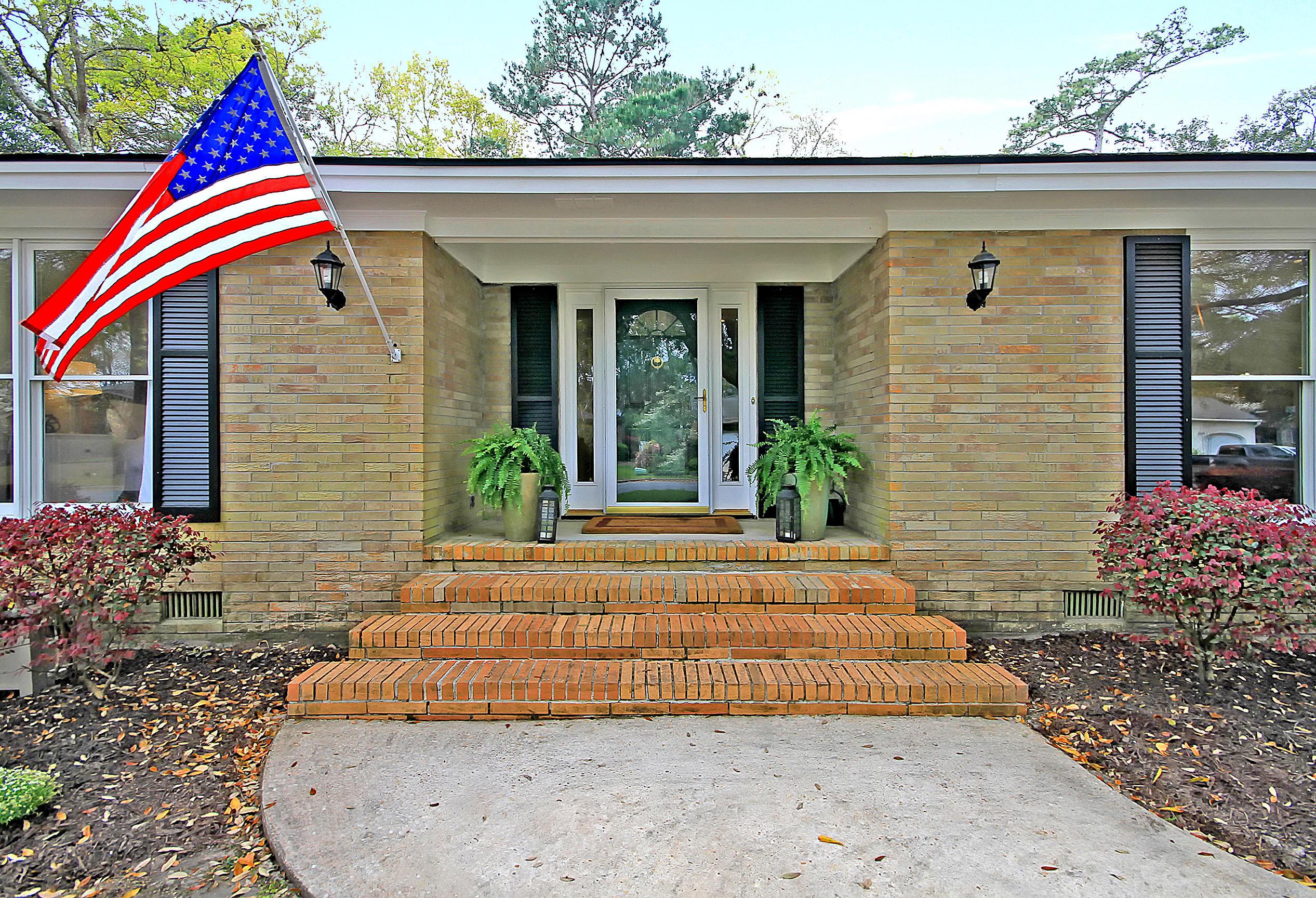 Parish Place Homes For Sale - 815 Abcaw, Mount Pleasant, SC - 3