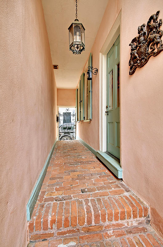 South of Broad Homes For Sale - 8-10 Orange St, Charleston, SC - 5