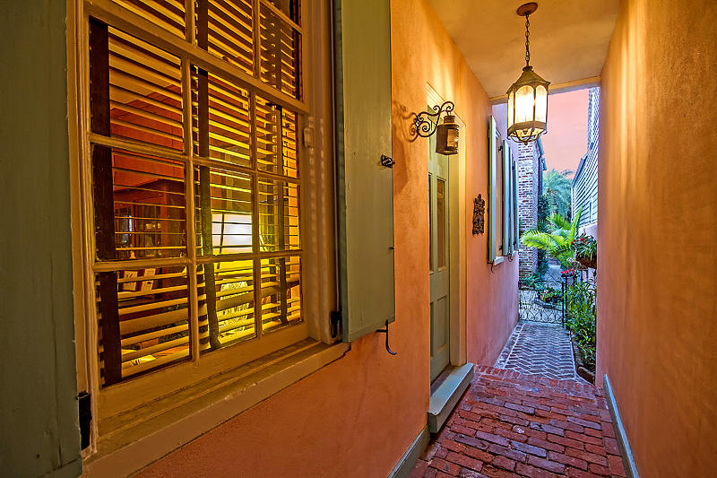 South of Broad Homes For Sale - 8-10 Orange St, Charleston, SC - 39