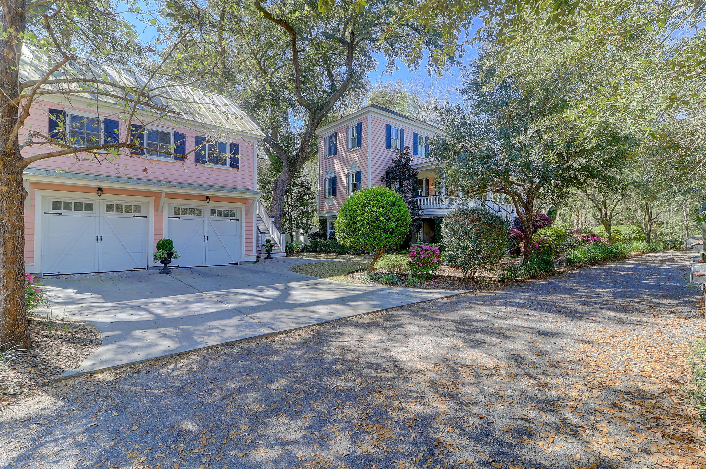 23 Isle Of Hope Road Mount Pleasant $1,080,000.00
