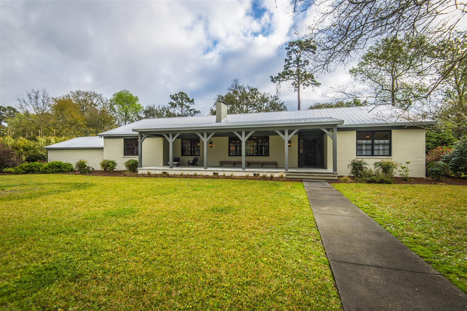 Ask Frank Real Estate Services - MLS Number: 19008916