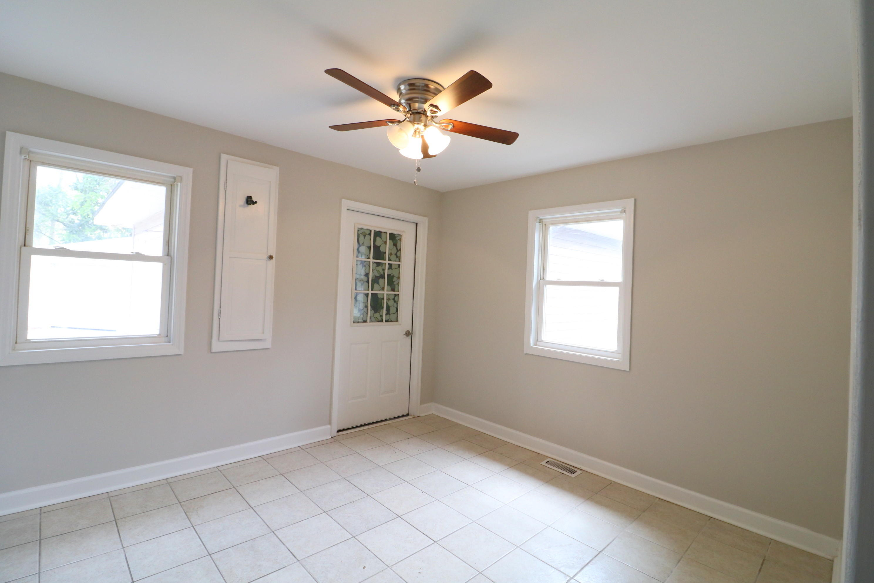 Park Circle Homes For Sale - 5274 Potomac, North Charleston, SC - 2
