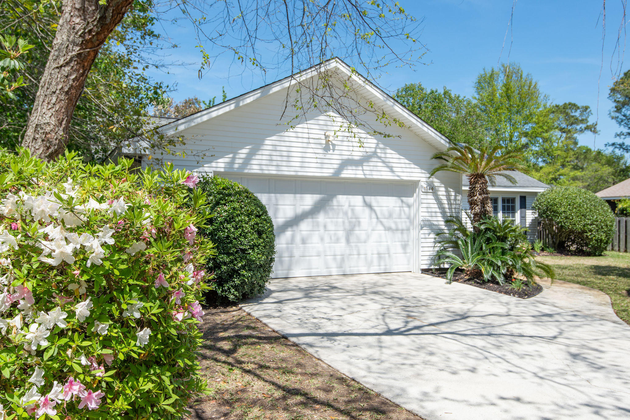 Snee Farm Homes For Sale - 1140 Club, Mount Pleasant, SC - 1
