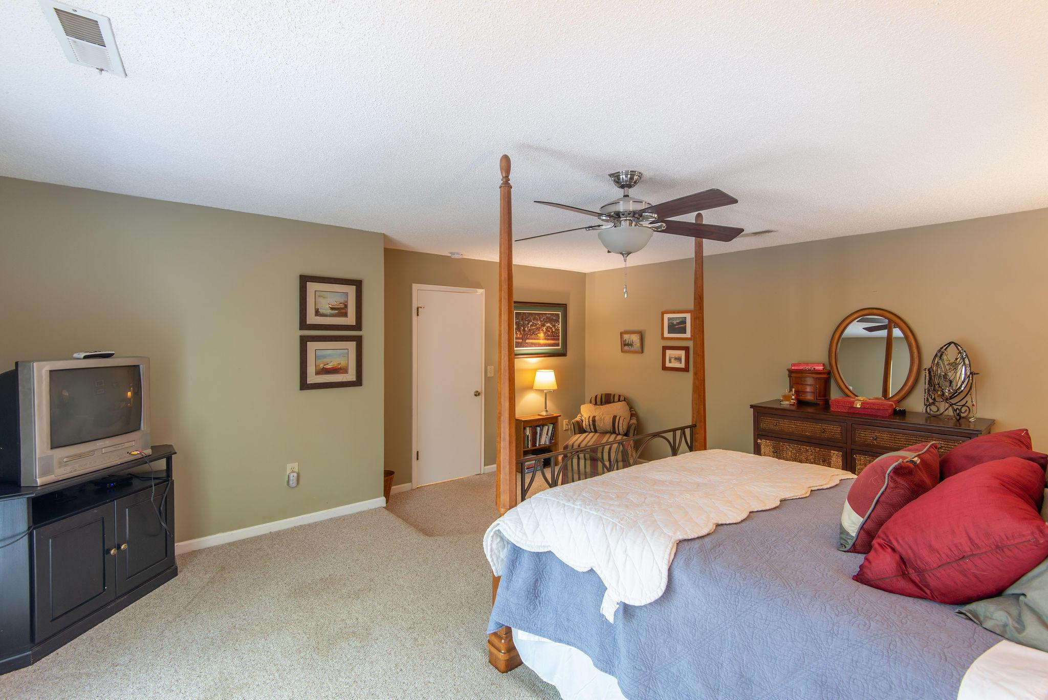 Snee Farm Homes For Sale - 1140 Club, Mount Pleasant, SC - 3