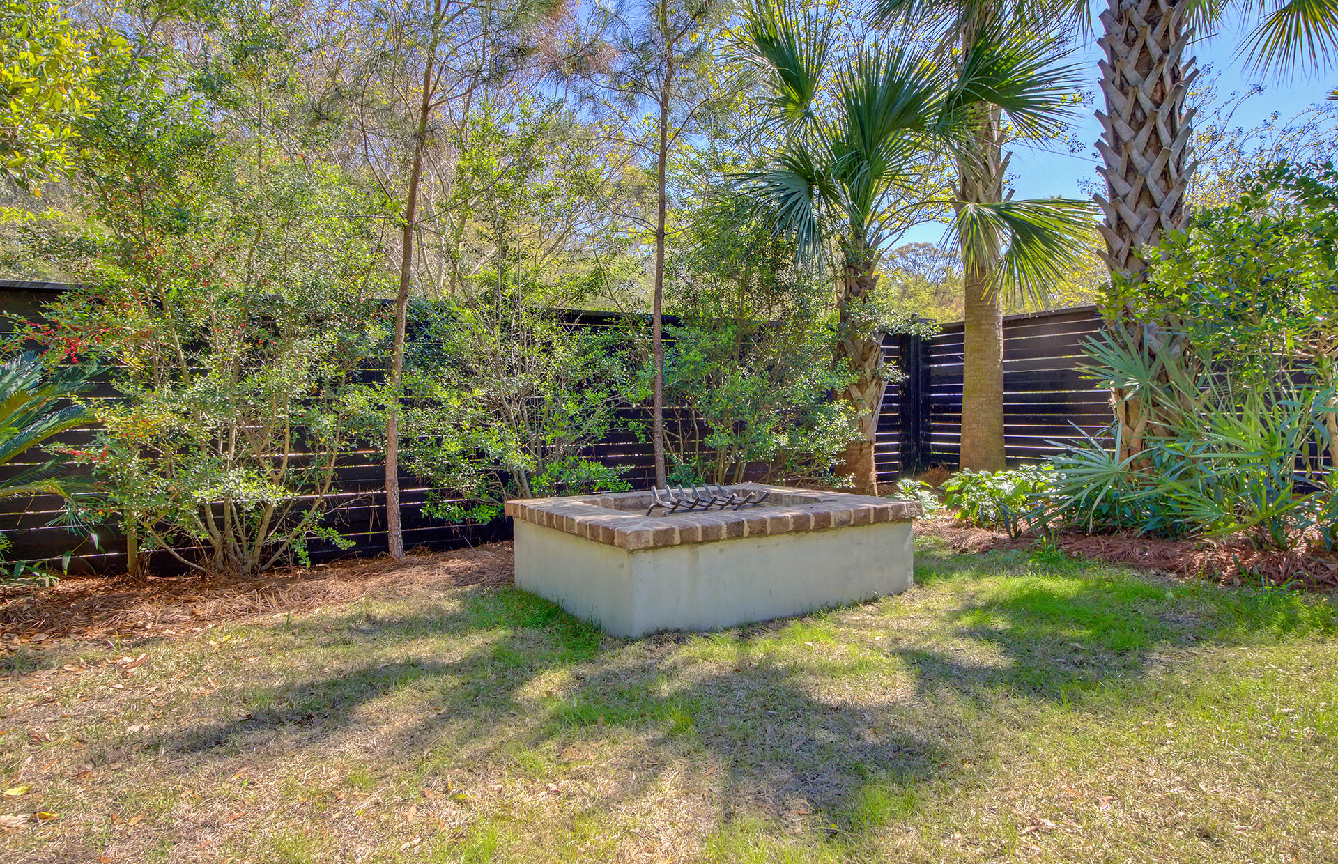 Old Mt Pleasant Homes For Sale - 209 Greenwich, Mount Pleasant, SC - 31