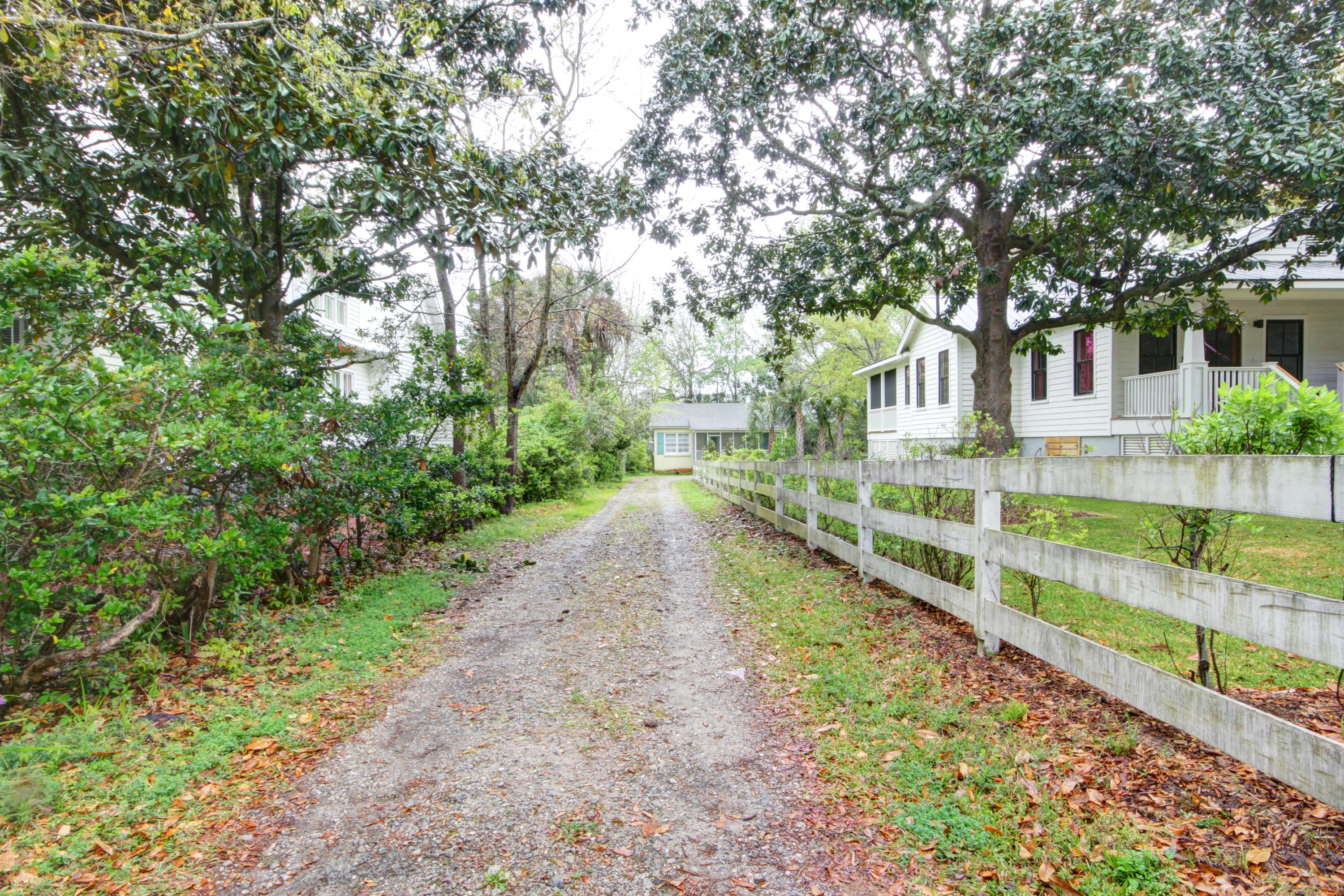 Old Village Homes For Sale - 724 Pitt, Mount Pleasant, SC - 9