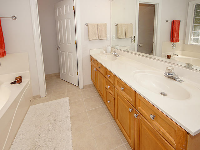 Ask Frank Real Estate Services - MLS Number: 19009974