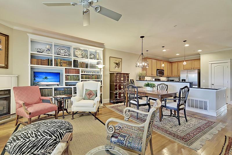 Etiwan Pointe Homes For Sale - 104 Winding Creek, Mount Pleasant, SC - 11