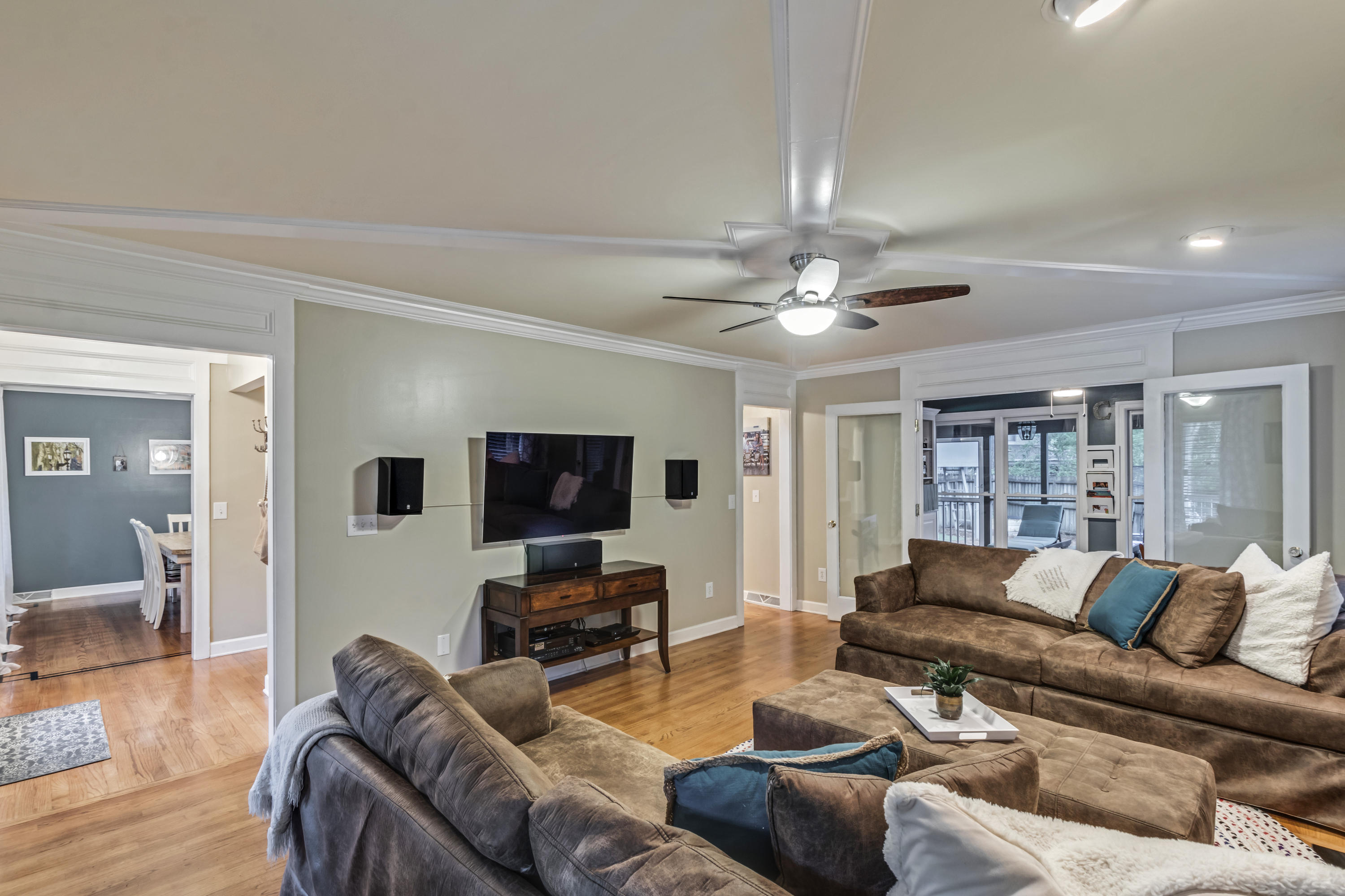 Wakendaw On The Creek Homes For Sale - 613 Oak Marsh, Mount Pleasant, SC - 12