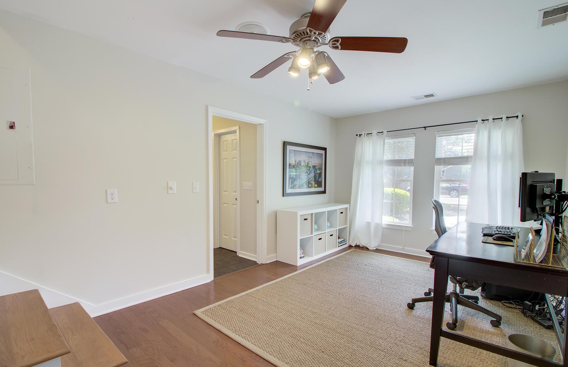 Willow Walk Homes For Sale - 1157 Oakcrest, Charleston, SC - 16