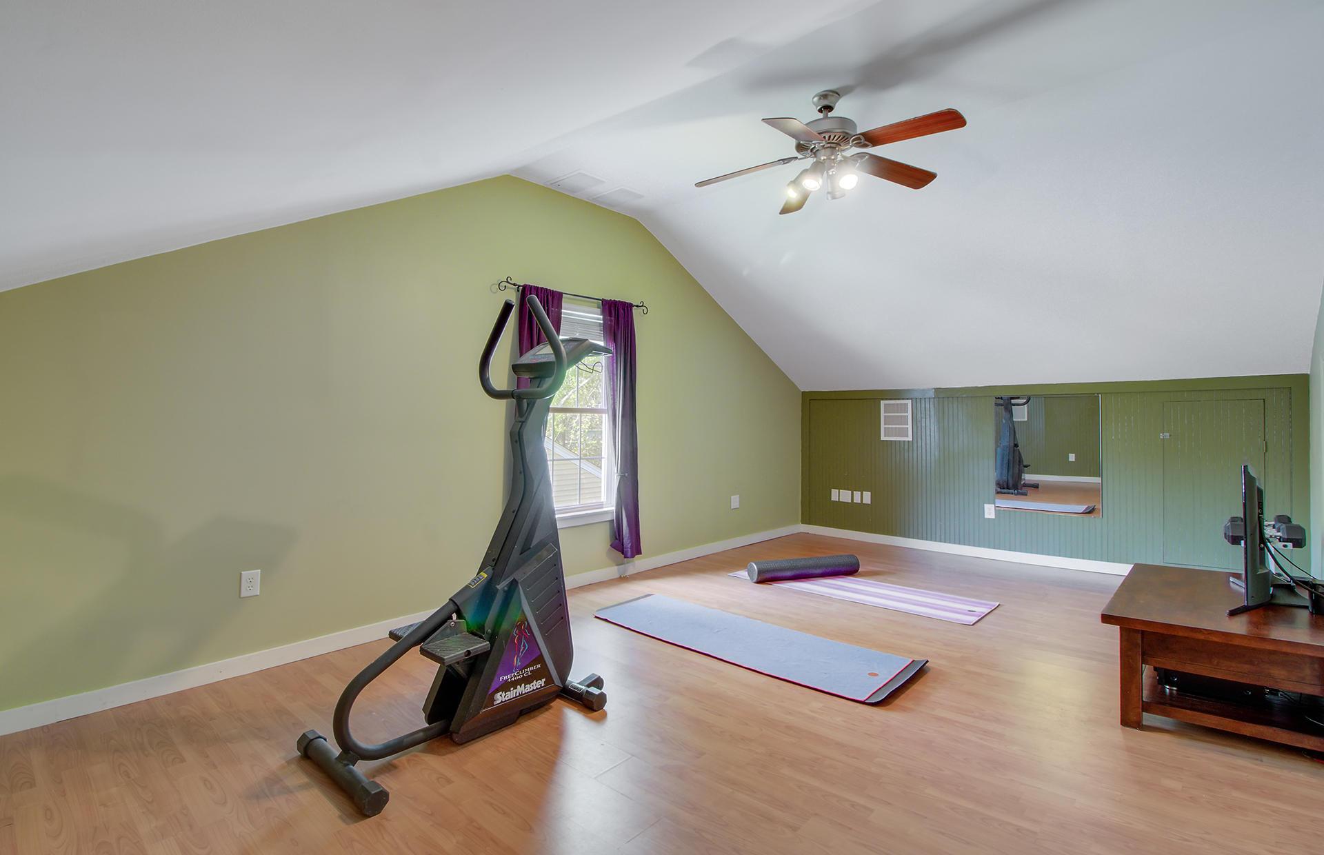 Willow Walk Homes For Sale - 1157 Oakcrest, Charleston, SC - 13