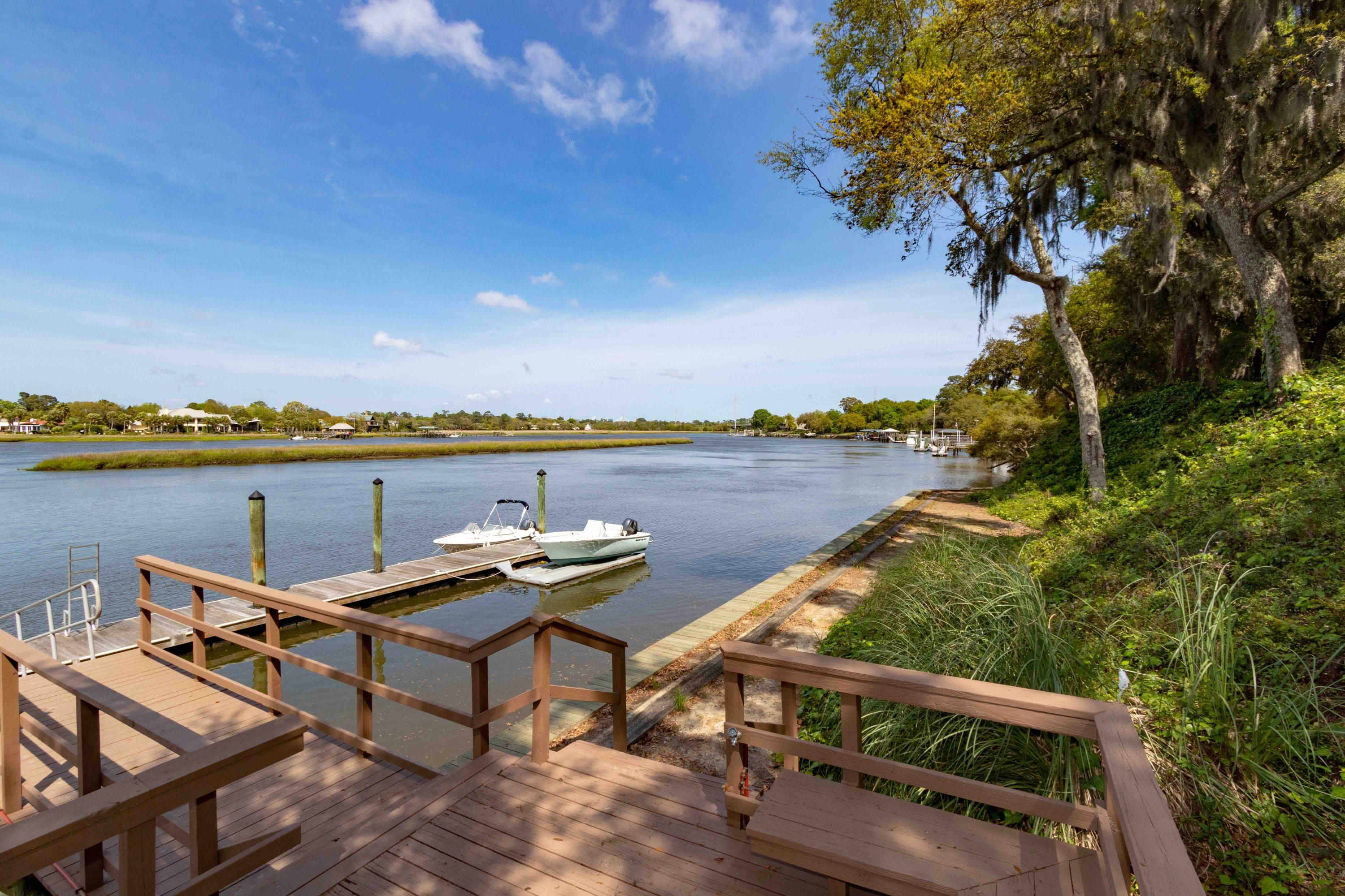 Waterfront Plantation Homes For Sale - 107 Waterfront Plantation, Charleston, SC - 26