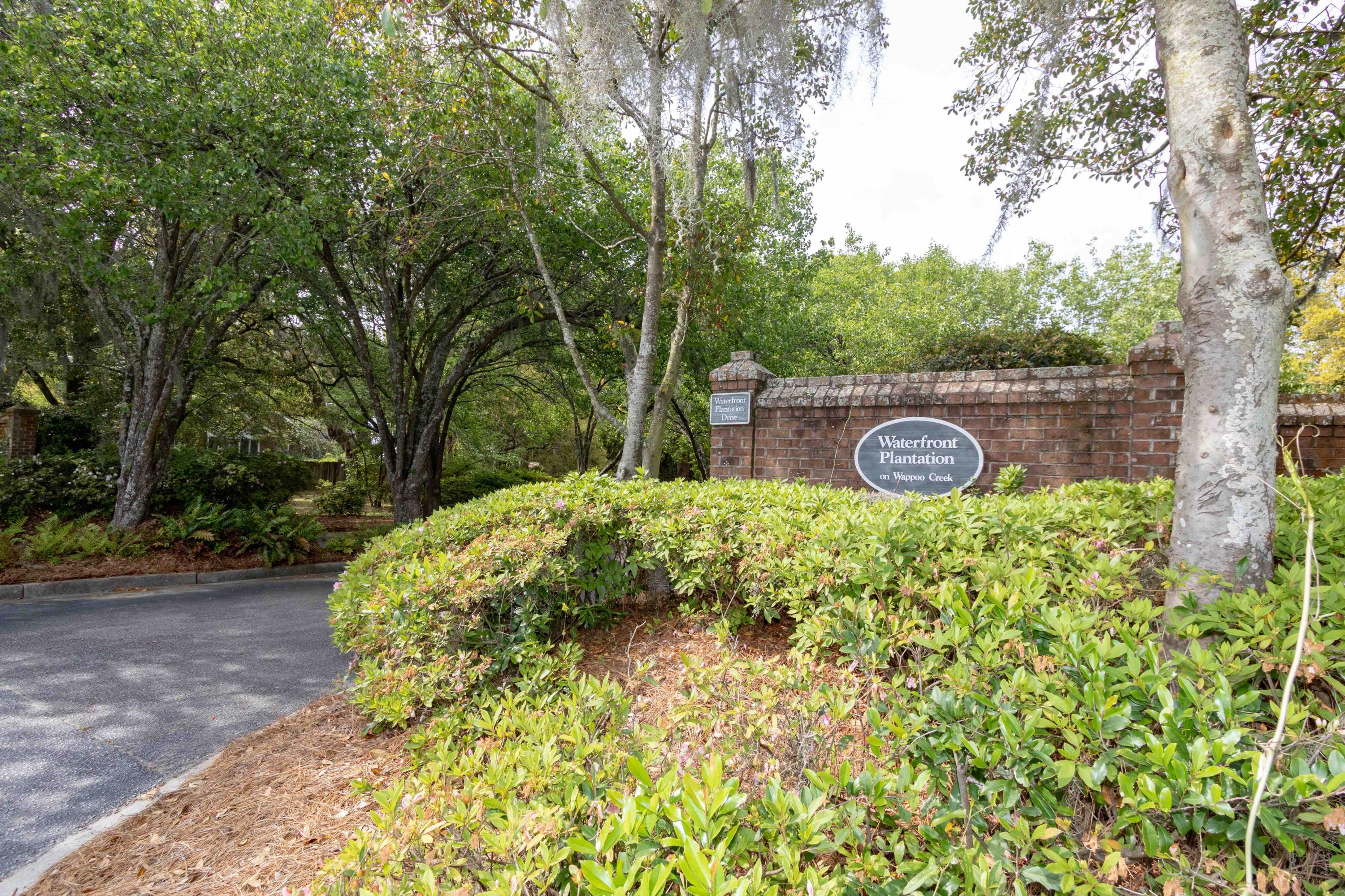 Waterfront Plantation Homes For Sale - 107 Waterfront Plantation, Charleston, SC - 1