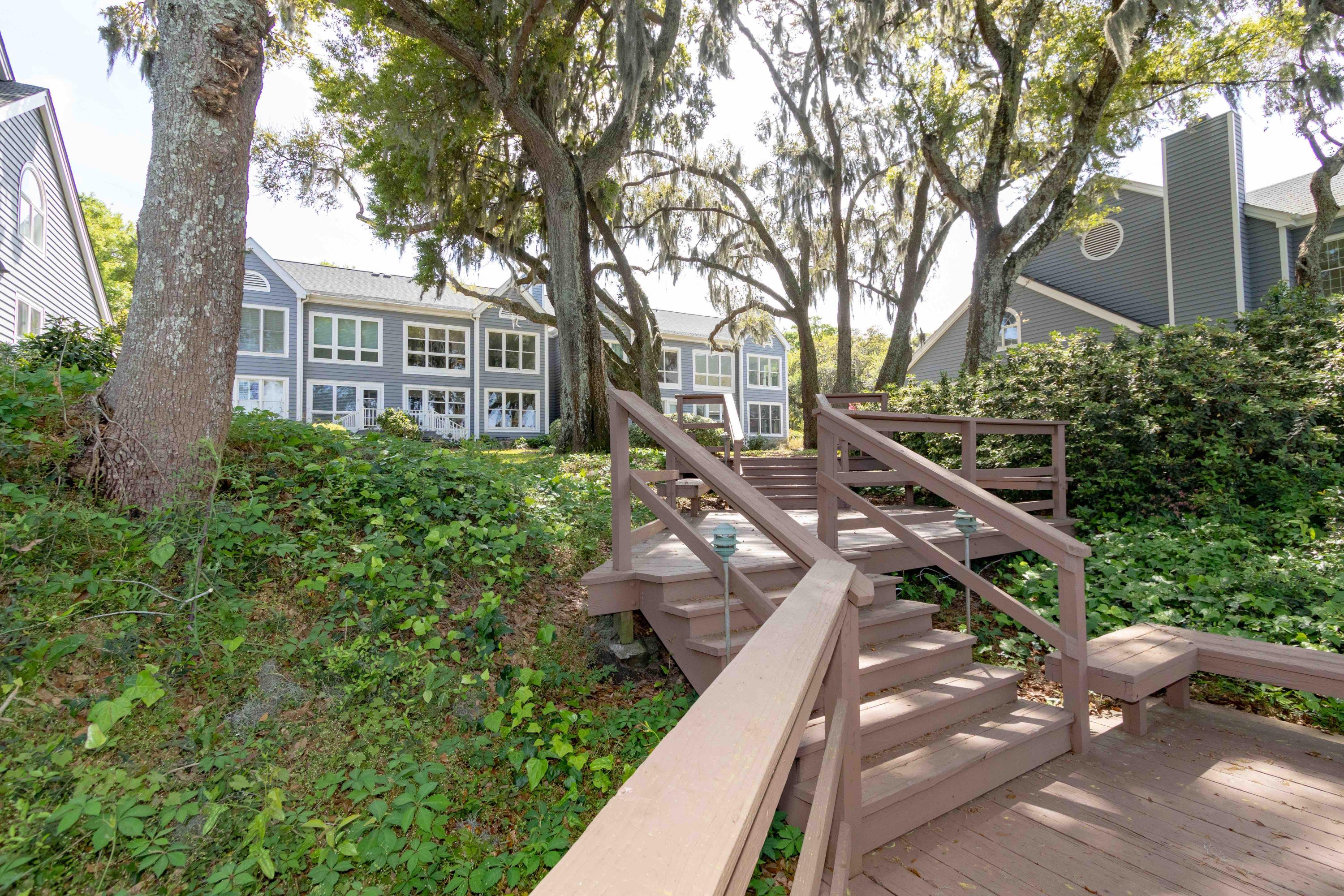Waterfront Plantation Homes For Sale - 107 Waterfront Plantation, Charleston, SC - 28