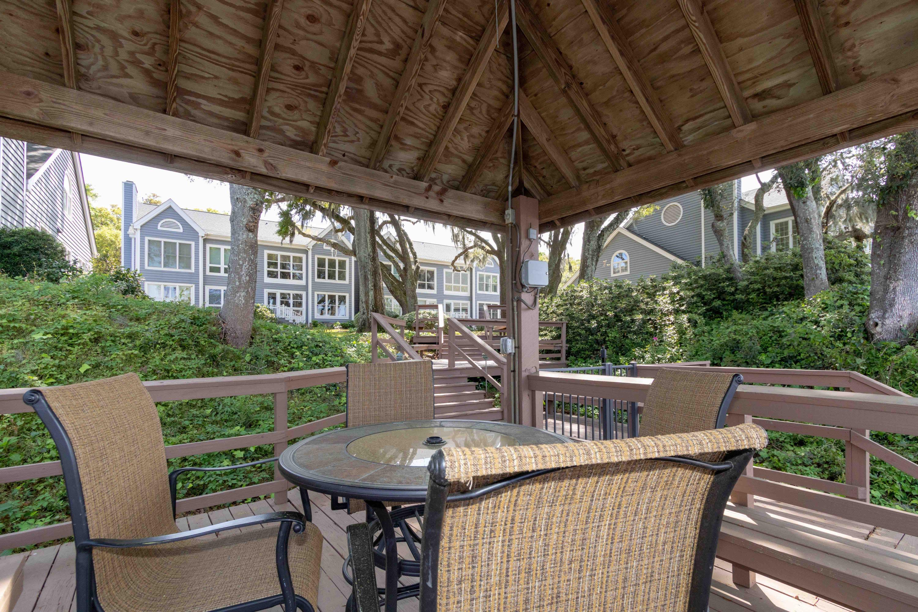 Waterfront Plantation Homes For Sale - 107 Waterfront Plantation, Charleston, SC - 30