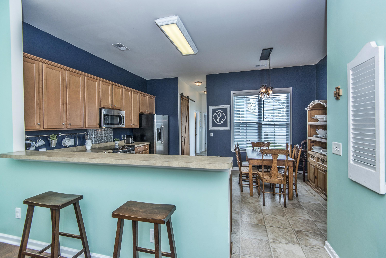 White Gables Homes For Sale - 403 Forsythia, Summerville, SC - 1