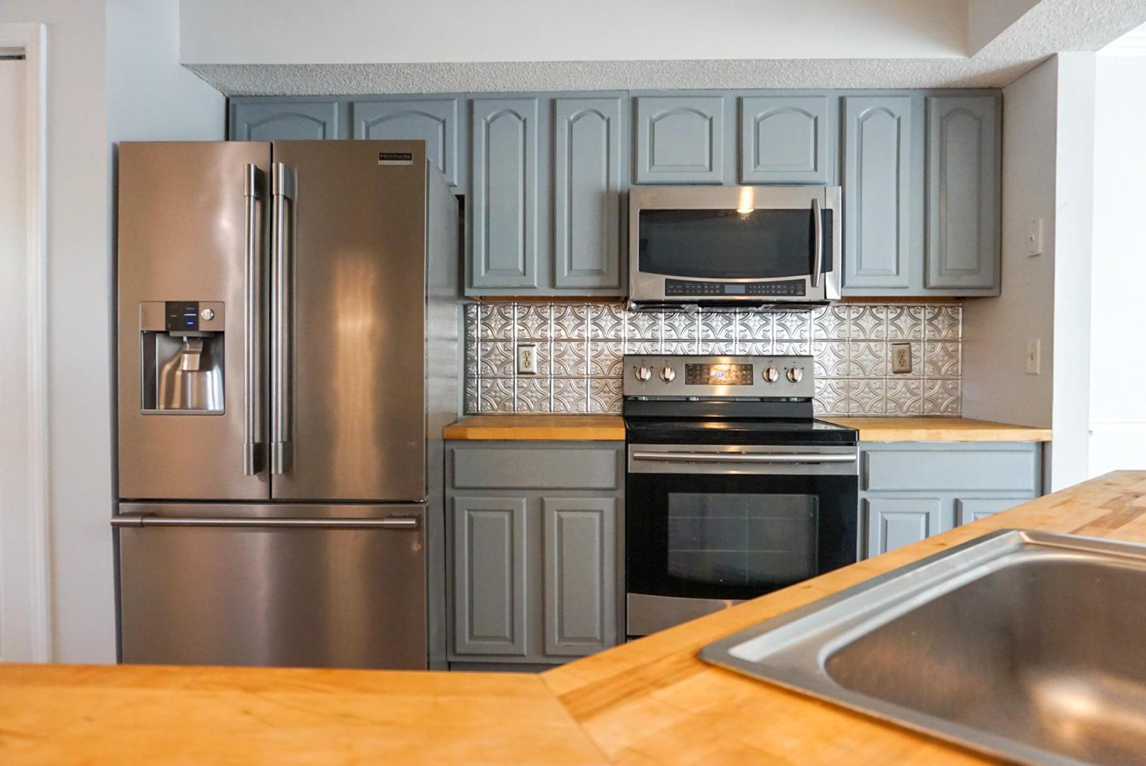 Beaumont Homes For Sale - 2097 Emerald, Mount Pleasant, SC - 29