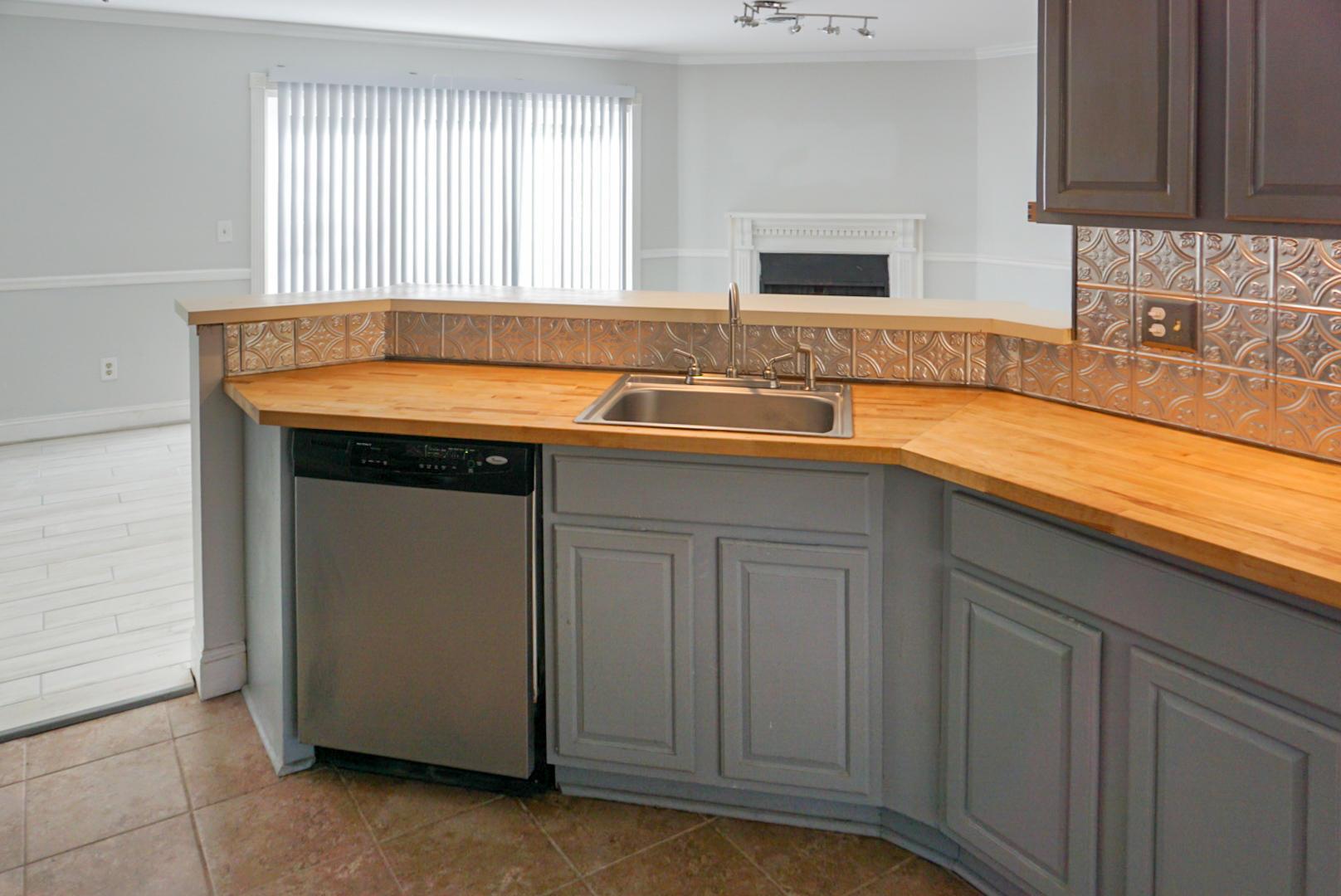 Beaumont Homes For Sale - 2097 Emerald, Mount Pleasant, SC - 27