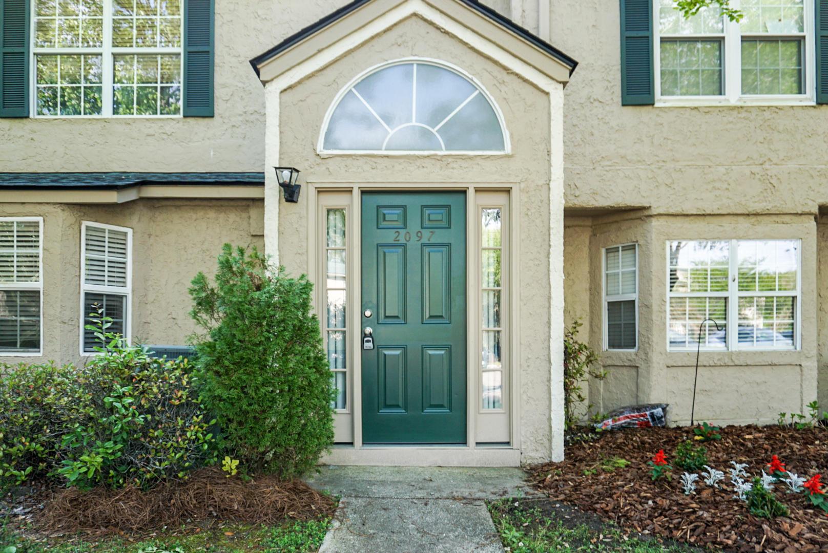 Beaumont Homes For Sale - 2097 Emerald, Mount Pleasant, SC - 0