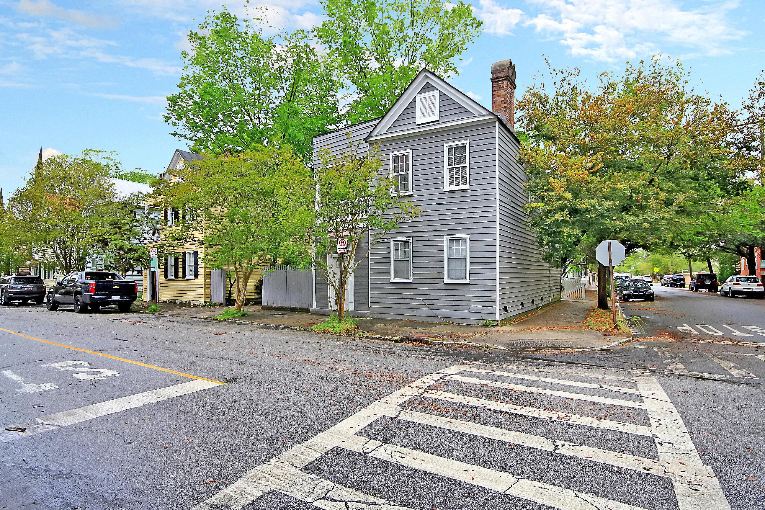 Radcliffeborough Homes For Sale - 70 Vanderhorst, Charleston, SC - 21