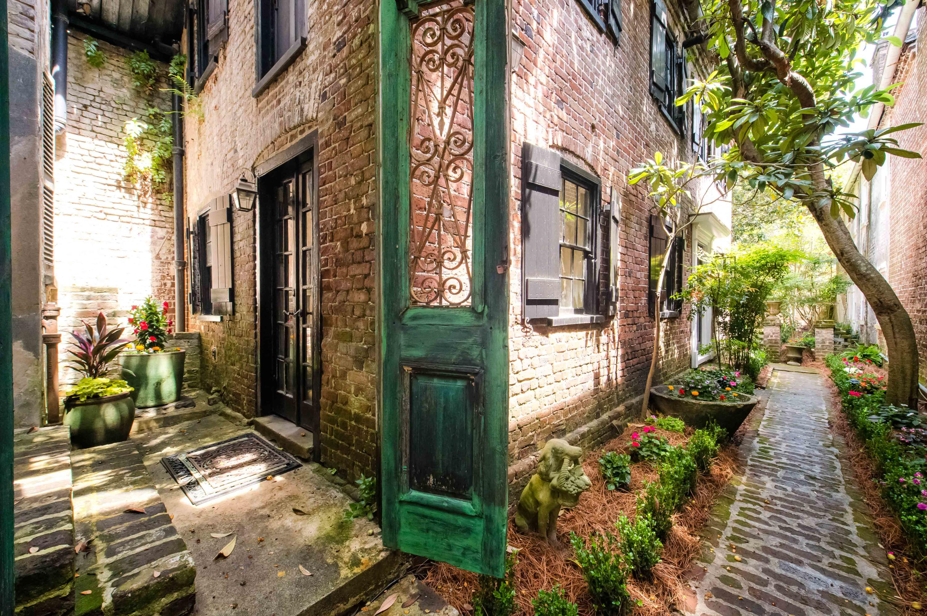 South of Broad Homes For Sale - 22 Church, Charleston, SC - 52