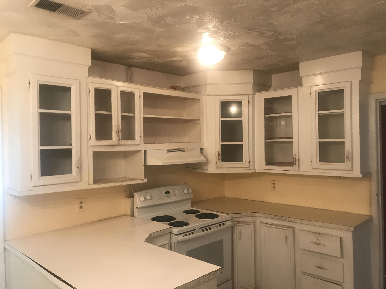 Sherwood Forest Homes For Sale - 1035 Nottingham, Charleston, SC - 12