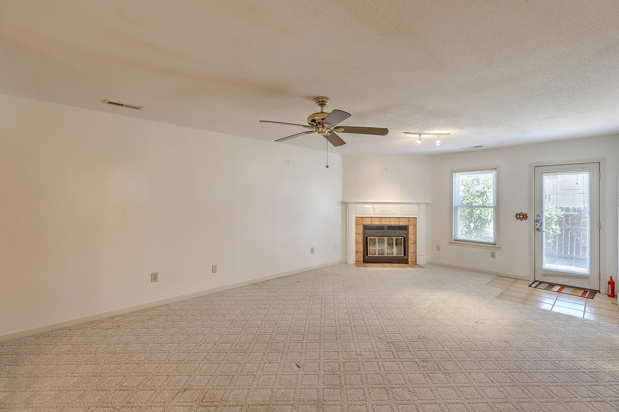 Old Towne Villas Homes For Sale - 2921 Cathedral, Charleston, SC - 28