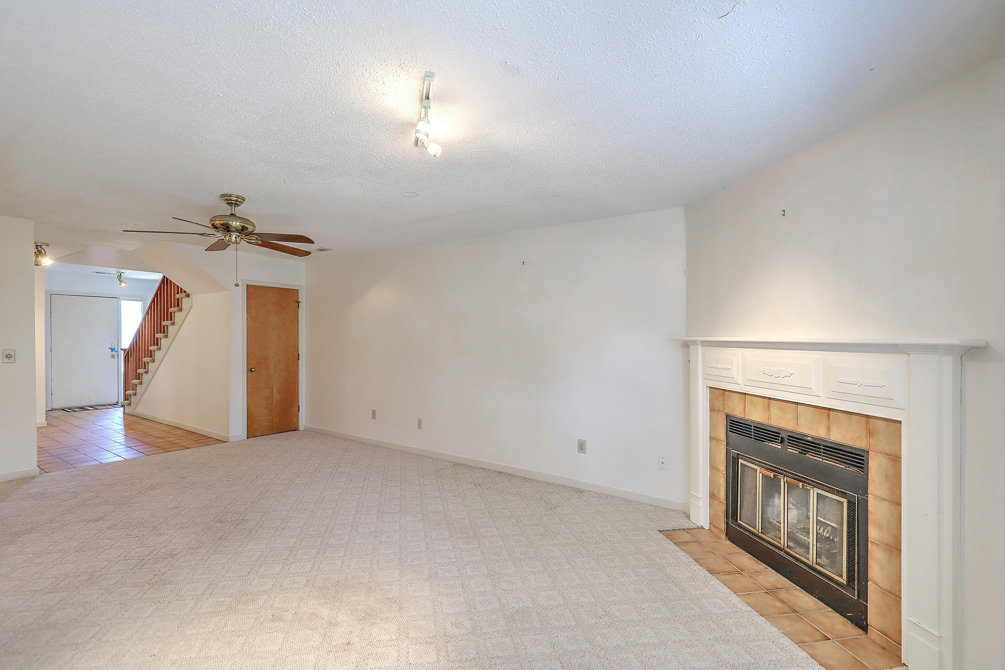Old Towne Villas Homes For Sale - 2921 Cathedral, Charleston, SC - 27