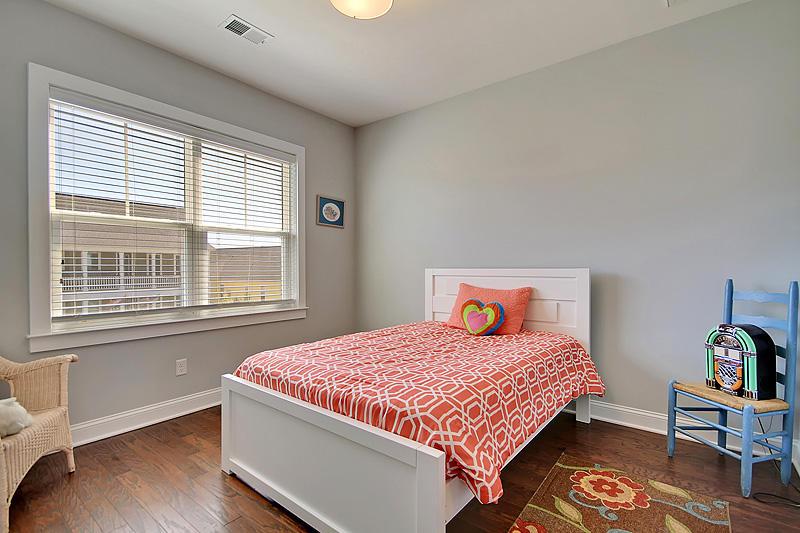 Carnes Crossroads Homes For Sale - 410 Eliston, Summerville, SC - 4