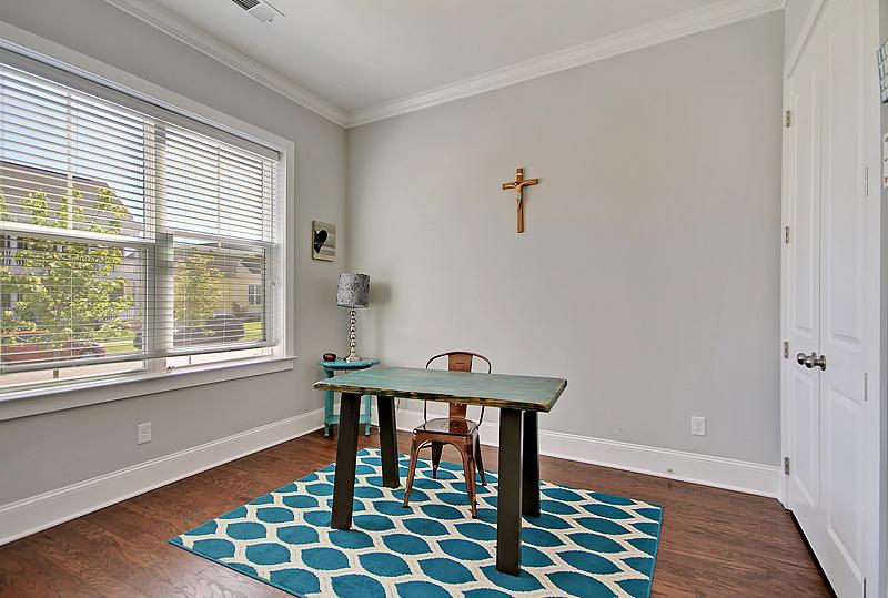 Carnes Crossroads Homes For Sale - 410 Eliston, Summerville, SC - 8