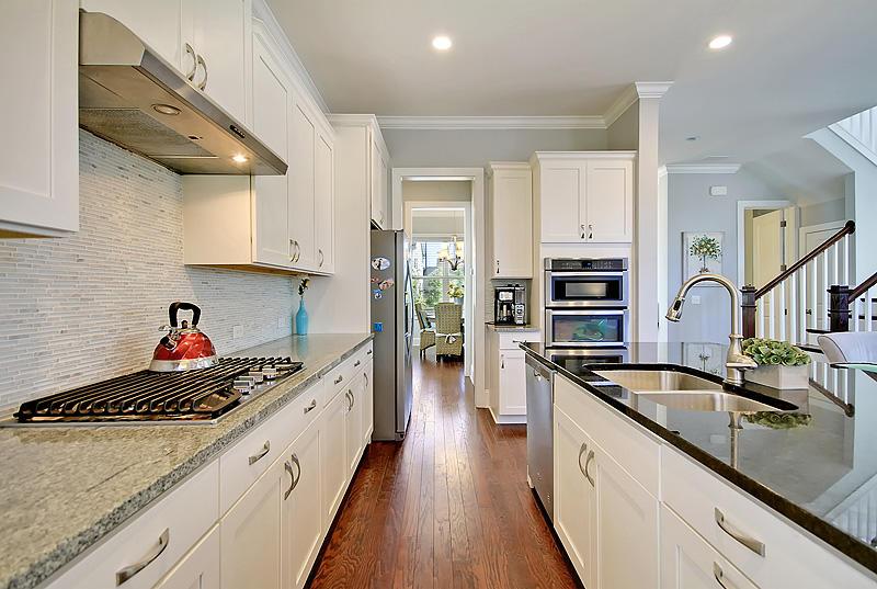 Carnes Crossroads Homes For Sale - 410 Eliston, Summerville, SC - 16