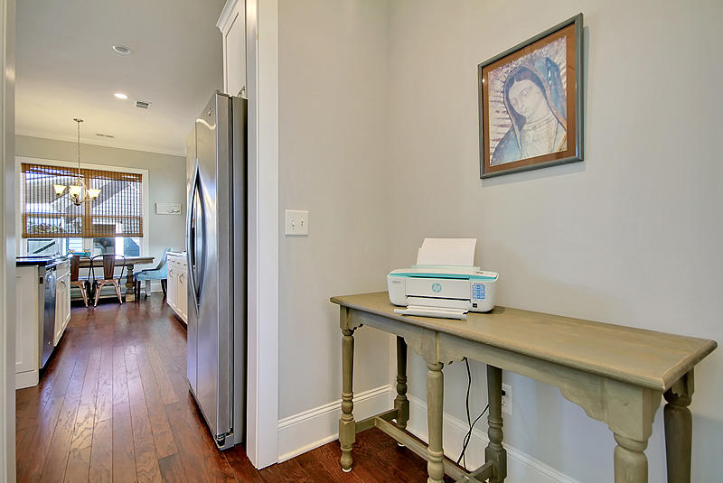 Carnes Crossroads Homes For Sale - 410 Eliston, Summerville, SC - 29