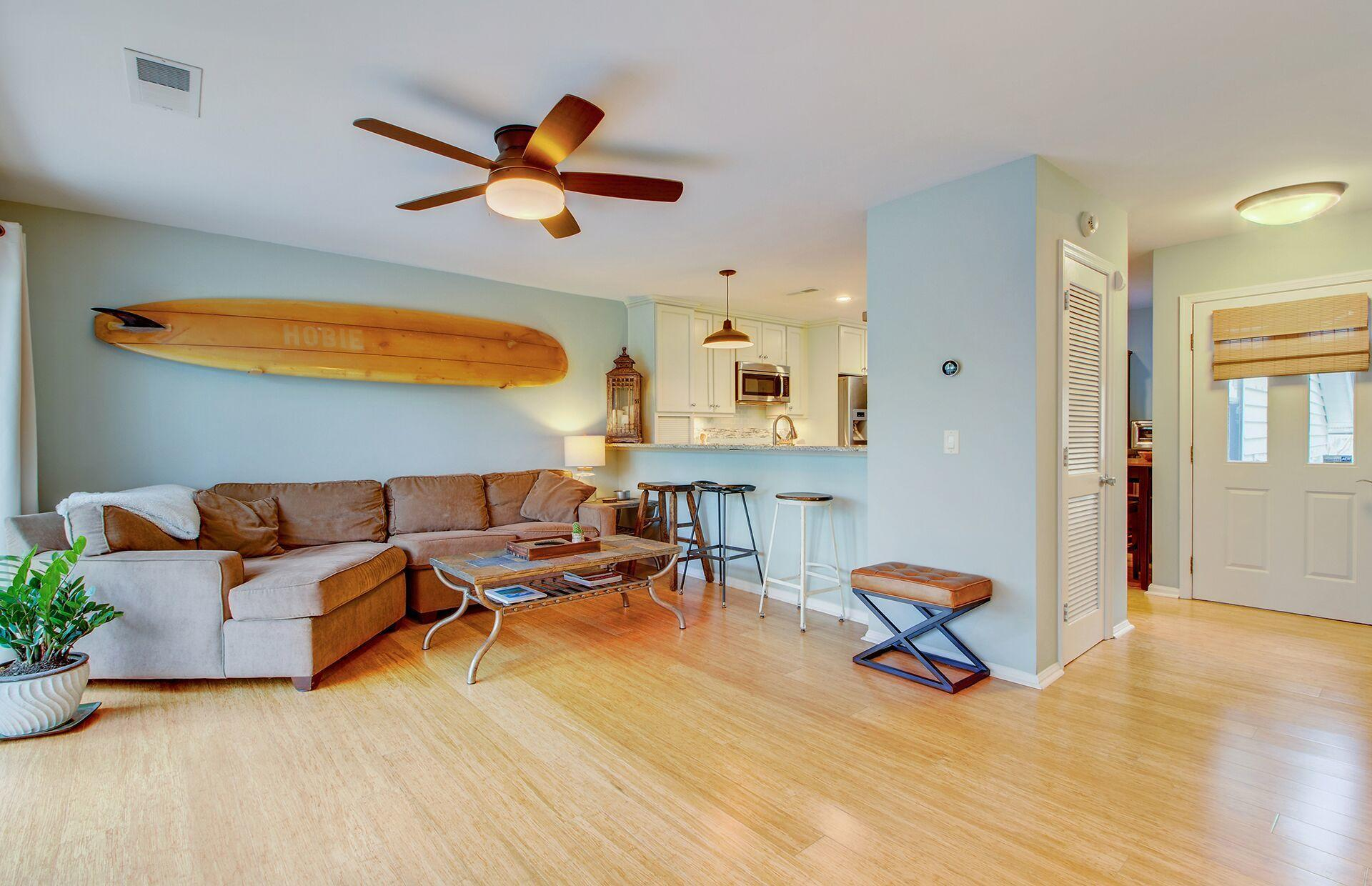Marsh Point Homes For Sale - 1043 Marsh Court, Mount Pleasant, SC - 1