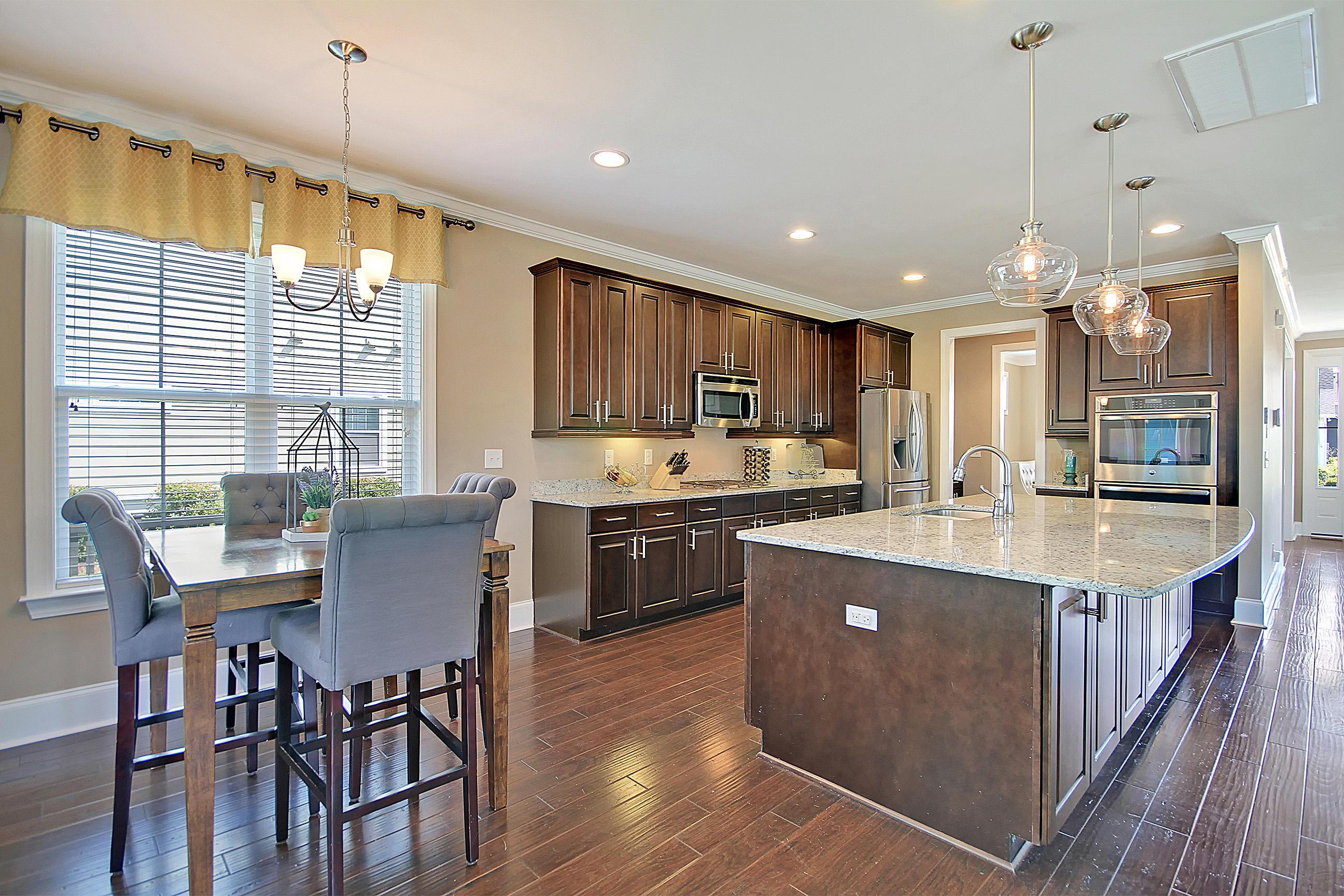 Carnes Crossroads Homes For Sale - 827 Buckler, Summerville, SC - 39